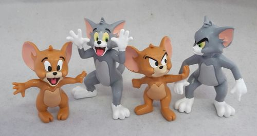 Y99650 - Tom & Jerry - Set (4 Figuren)