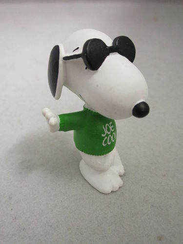 SCH22003 - Joe Cool - Snoopy