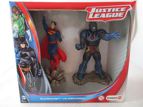 SCH22509 - Superman v Darkseid - Scenery Pack - Justice League