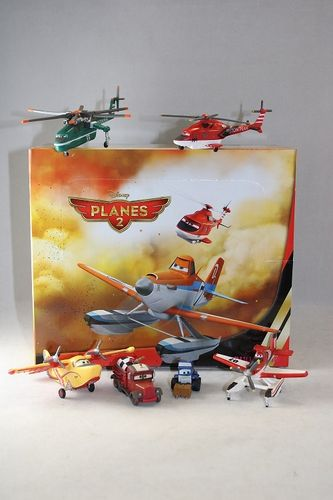 BUL12070 - Planes 2 Displaybox (24 Figuren)